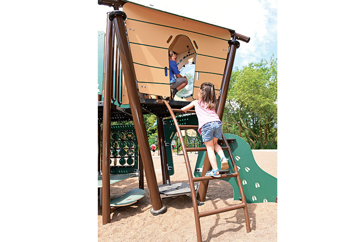 Treehouse playground equipment